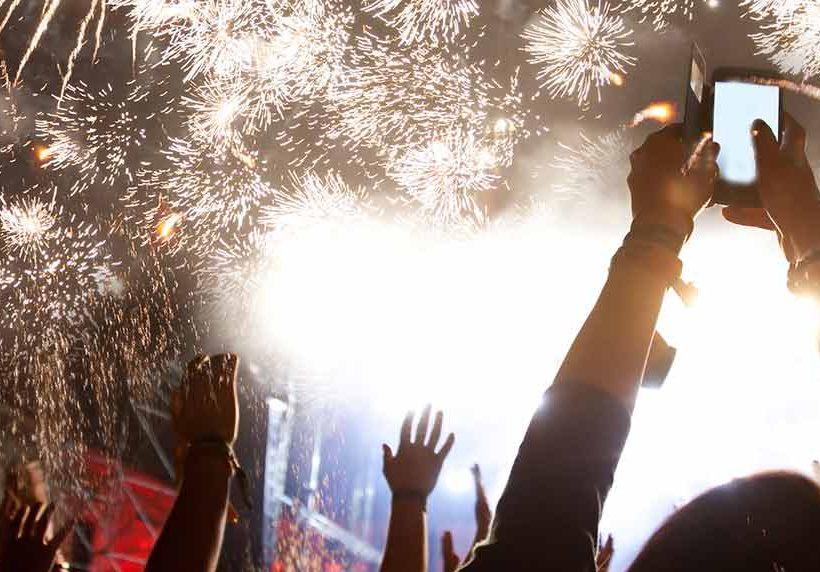 ¿Dónde pasarán los mexicanos las fiestas y el fin de año?